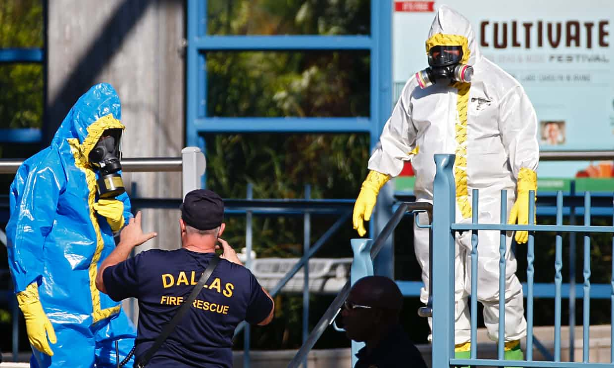 A clean-up in Dallas, Texas, after a suspected Ebola case. 'There have been three confirmed cases in the US and none in Mexico – if anyone should be sealing the border to protect themselves it should be the Mexicans.' Photograph: Larry W Smith/EPA