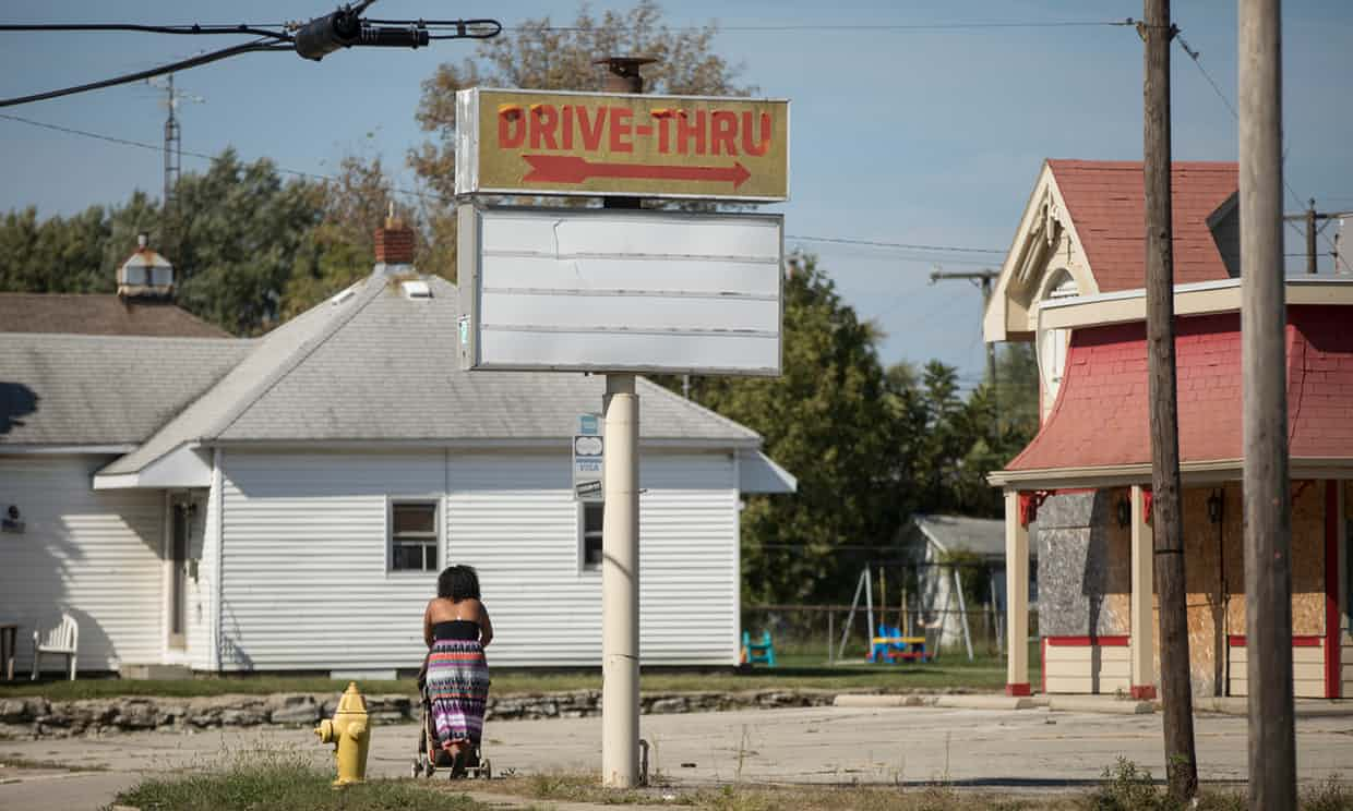 Former Drive-Thru on Memorial Drive, Muncie. Muncie, Indiana, USA. Photograph by David Levene 4/10/16 Photograph: David Levene for the Guardian