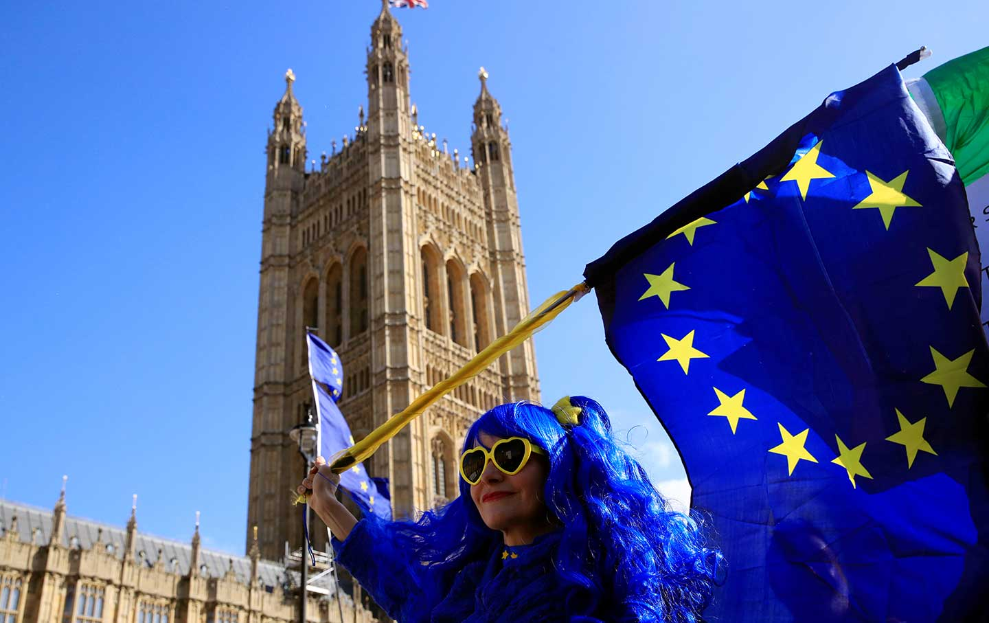 An anti-Brexit protester reacts outside the Houses of Parliament in London, on April 10, 2019.  (REUTERS / Gonzalo Fuentes)